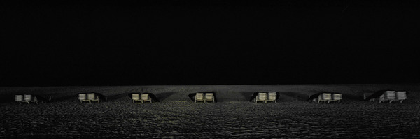 Juliae Eirich, Beach Chairs, 2004, C-Print mounted on Alu-Dibond, Courtesy of Peter Poby, New York.