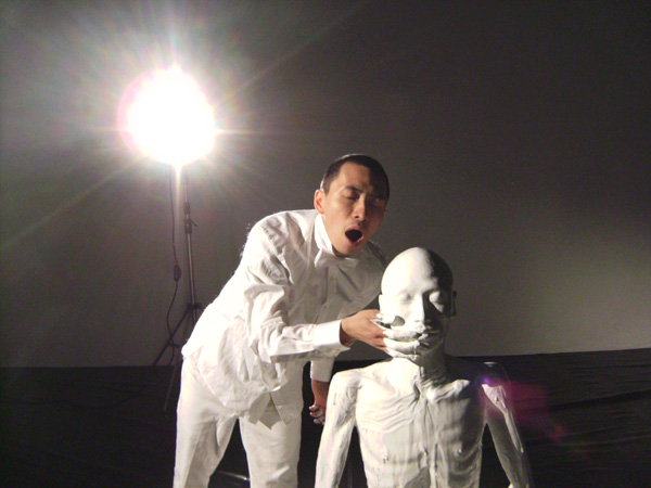 "Terence Koh, ""whaling"", 2009, documentation of performance-installation."